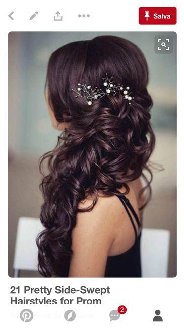Acconciatura capelli lunghi castano scuro 4
