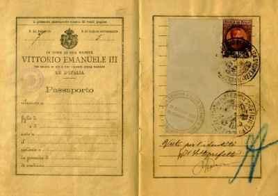 finto passaporto