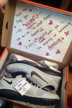 Idea regalo per lui: scarpe da ginnastica