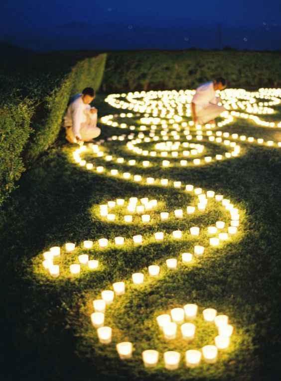 Infiorata di candele