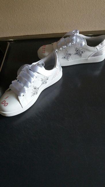 Le mie scarpe da ginnastica fai da me...vi piacciono? - 2