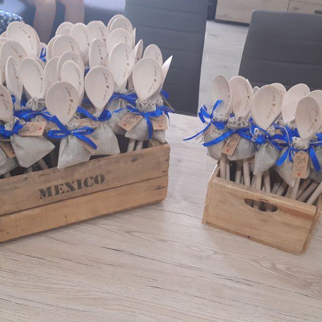 Modificare data matrimonio incisa nei ventagli di legno 1