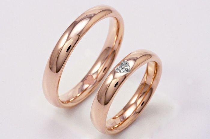 Fedi in oro rosa e diamante a forma di cuore 1