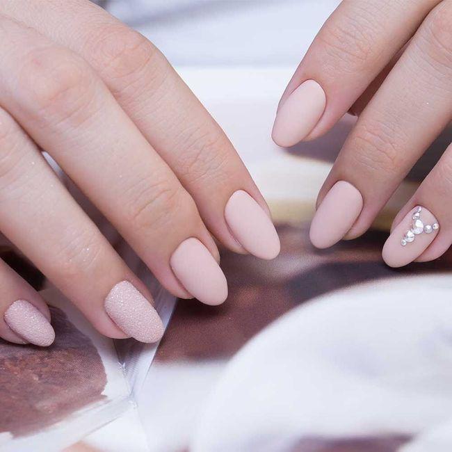 Manicure sposa 15