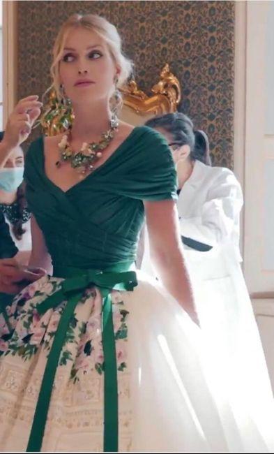 Nozze reali in Italia per la nipote di Lady D: Kitty Spencer e il suo abito principesco 5