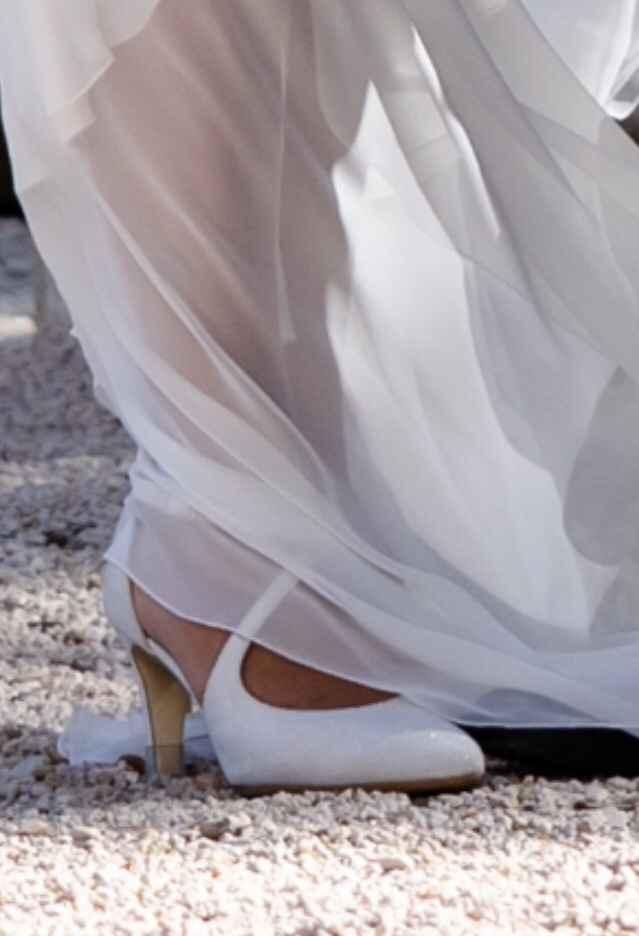 Foto scarpe indossate - 1