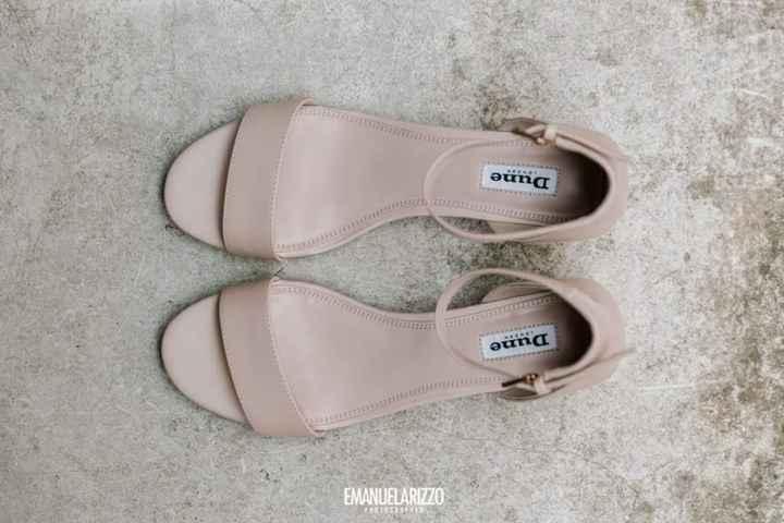 Scarpe necessariamente bianche!? - 1