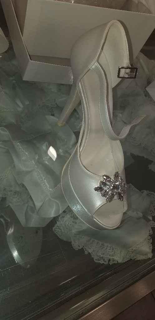 Accessori e scarpe scelte - 3