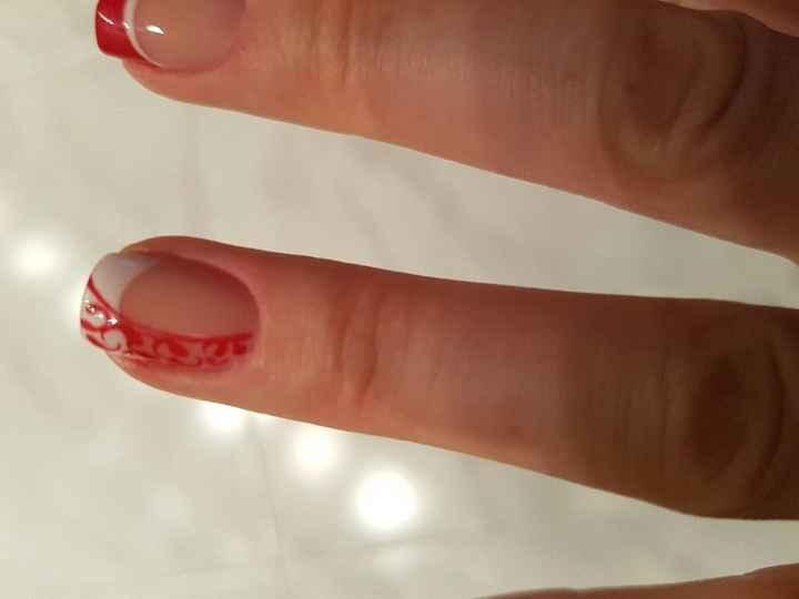 Domani mi sposoooo ecco le mie unghie - 2