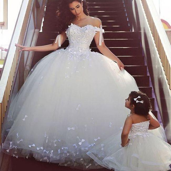 Vestiti Da Sposa Pomposi.Abito Principesco O A Sirena Organizzazione Matrimonio