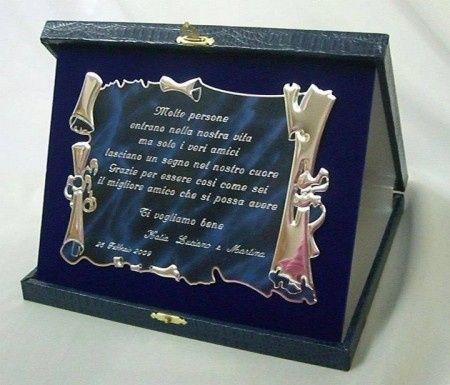 Targhe regalo testimoni e damigelle prima delle nozze - Idee bomboniere testimoni di nozze ...