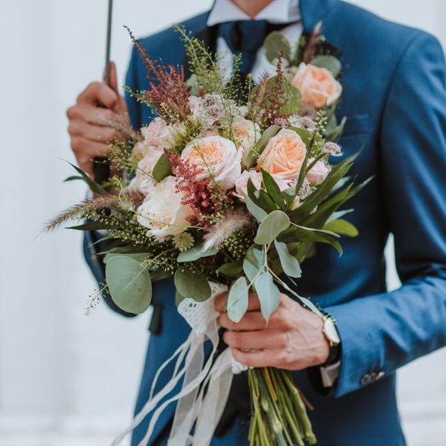 Acconciatura con fiori freschi 🌺 - 1