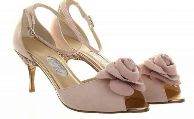Scarpe rosa... - 1