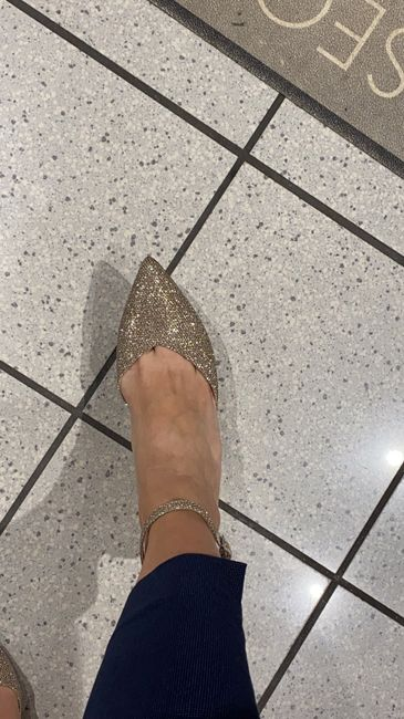 Scarpa bianca o colorata? - 1