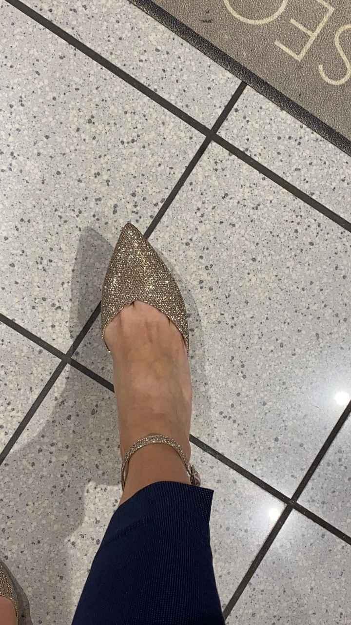 Quali scarpe preferite? - 1