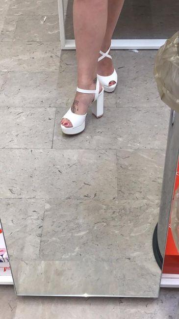 Come saranno le vostre scarpe da sposa? 4
