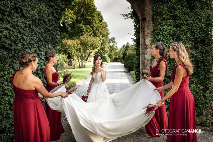 Future sposine voi avrete le damigelle d'onore al vostro matrimonio? 1