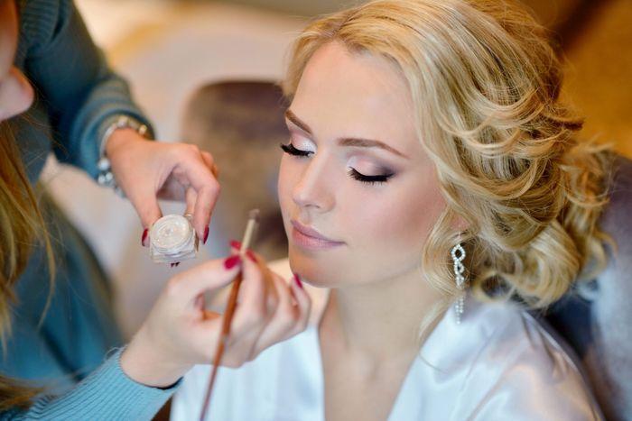 Make-up e acconciatura 4