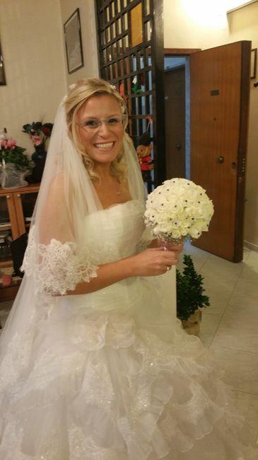 sposa con occhiali