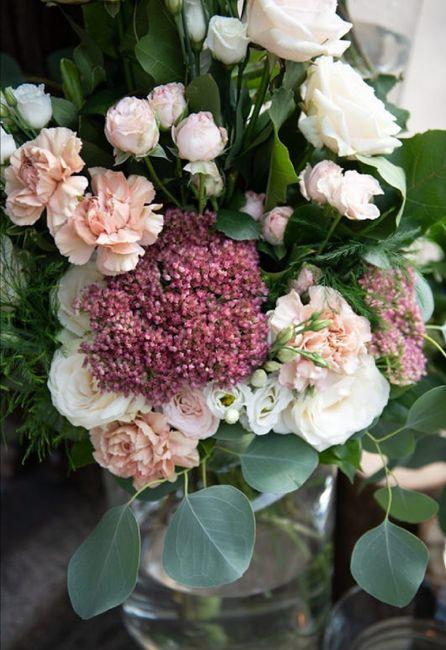 Garofani: fiori da matrimonio o da cimitero? 11