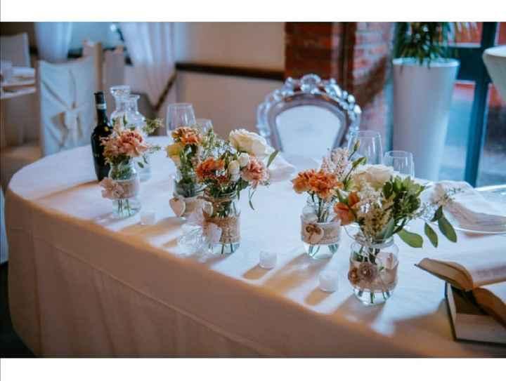Garofani: fiori da matrimonio o da cimitero? - 3