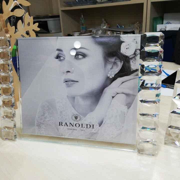 Ragazze ieri ho scelto le Bomboniere, portafoto in cristallo con partecipazione in omaggio cosa ne p