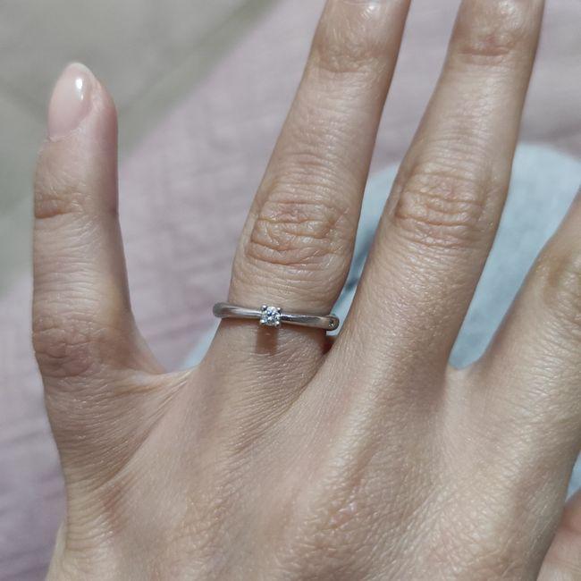 I vostri anelli di fidanzamento: vogliamo vederli! 1