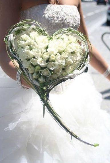 Mazzo Di Fiori A Forma Di Cuore.Bouquet A Forma Di Cuore Organizzazione Matrimonio Forum