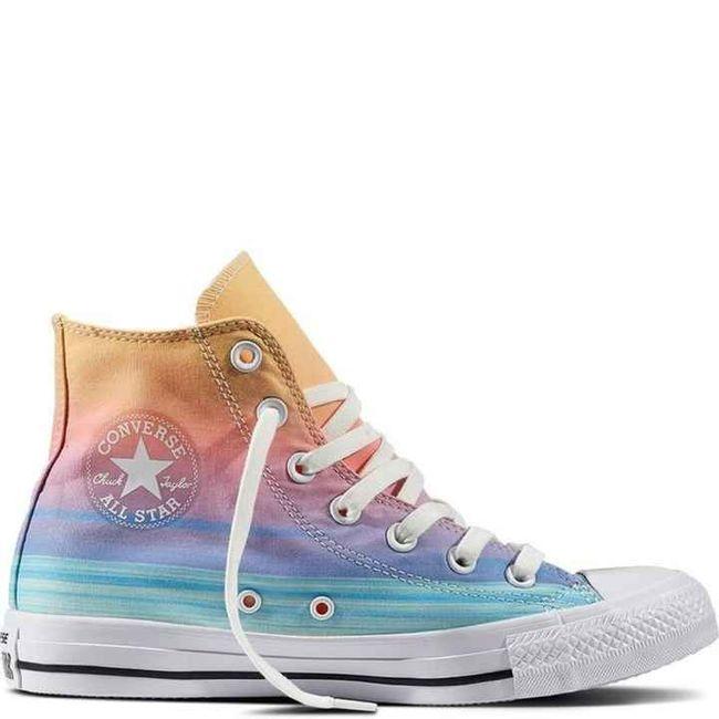 La scelta della scarpe 😍 - 2