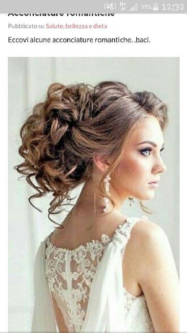 Acconciature sposa per abito romantico