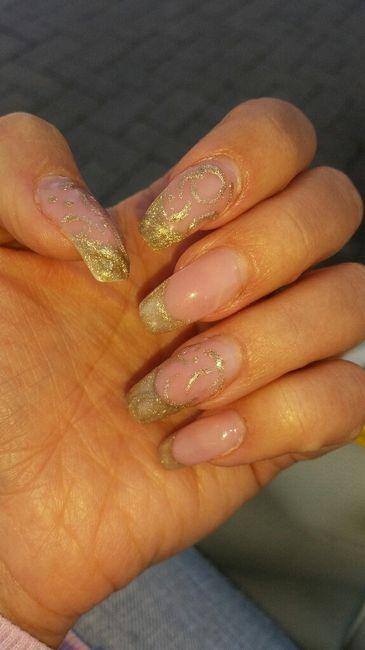 Mi fate vedere le vostre attuali unghie? - 1