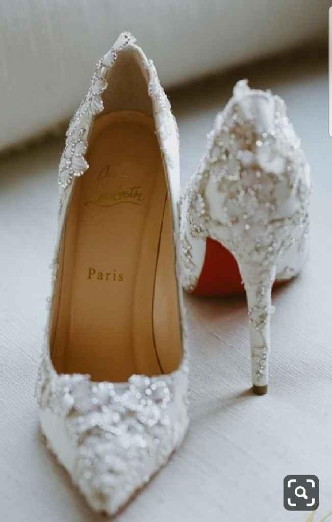 Scarpe colorate o bianche? - 2