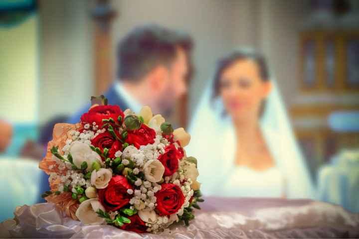 Bouquet bianco e rosso - 1