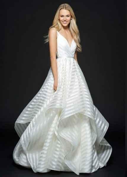 """Di questo mi piace la """"freschezza"""" dell'abito, lo vedo diverso dal sito schema di abito da sposa"""