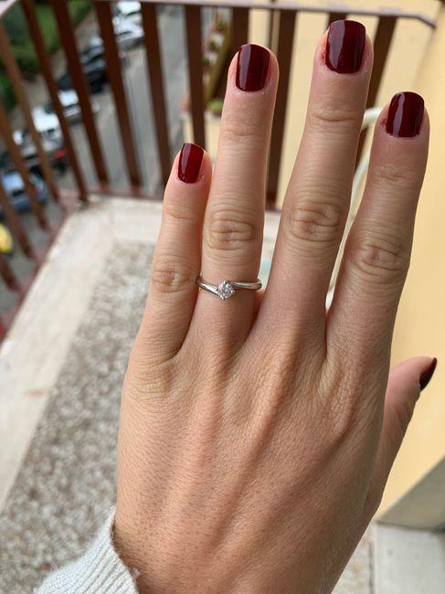 E ora mostraci una foto del tuo anello di fidanzamento! 7