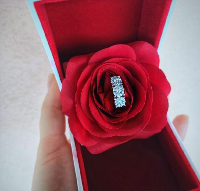 Anello di fidanzamento. 1