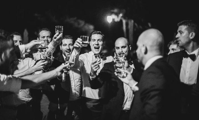 Chi sarà l'invitato che si ubriacherà? 1