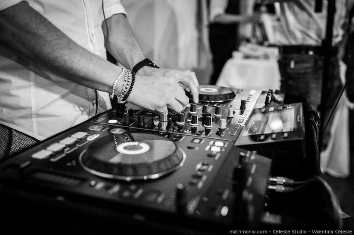 Quanto costa la musica per il matrimonio? 1