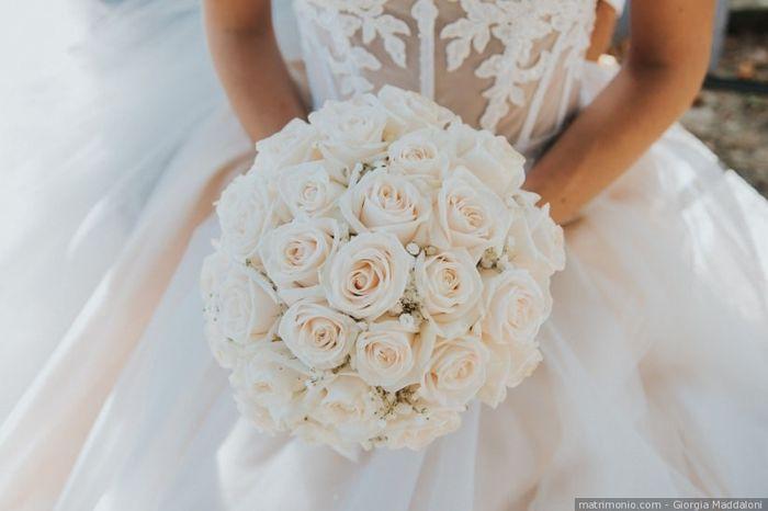 Bouquet da sposa rotondo o a cascata? 1