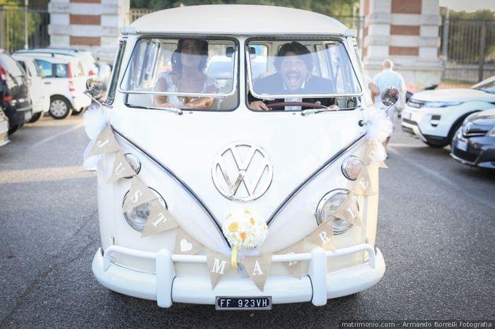 L'auto che noleggerai per le nozze sarà... 3