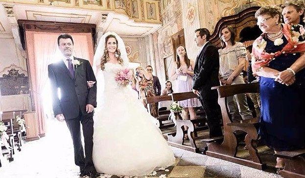 Matrimonio In Arrivo : Entrata in chiesa ogni paese ha la sua tradizione