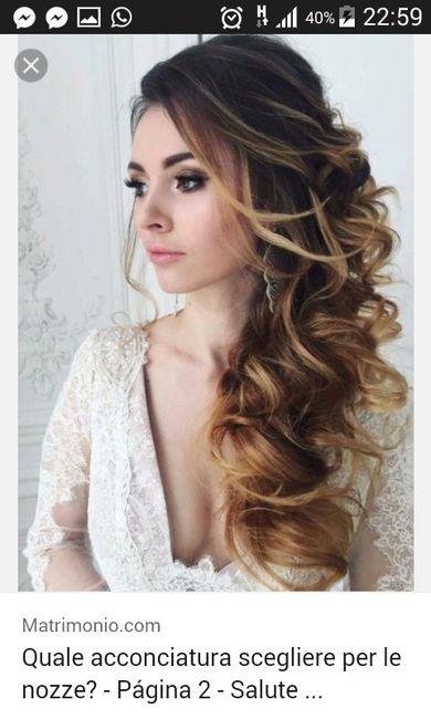 Acconciature capelli lunghi di lato