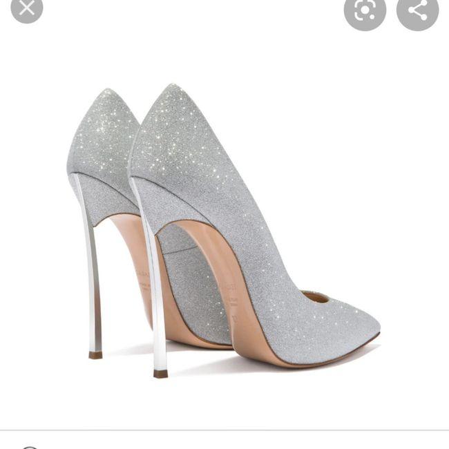 Fuori le scarpe 10