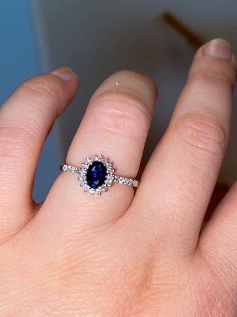 Speciale fedi: l'anello di fidanzamento 1