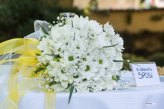 Bouquet bianco: vota il tuo preferito! 1