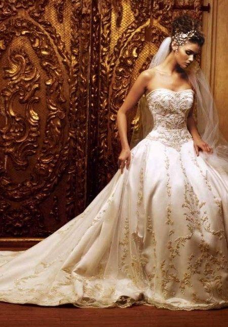 Vestiti Da Sposa Avorio.Abito Da Sposa Color Avorio Quale Tra Questi 10 Modelli
