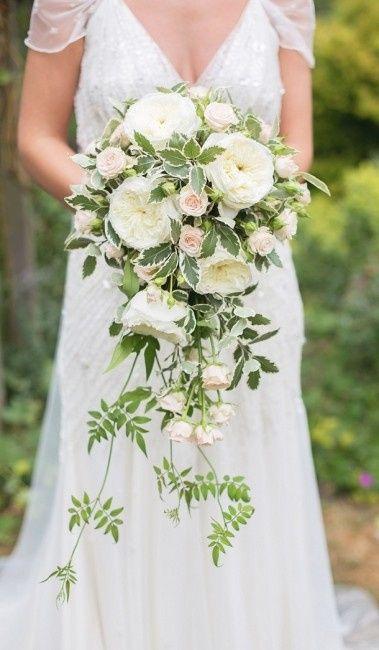 Bouquet A Cascata Sposa.Bouquet A Cascata Quale Tra Questi 15 Vi Piacerebbe Avere