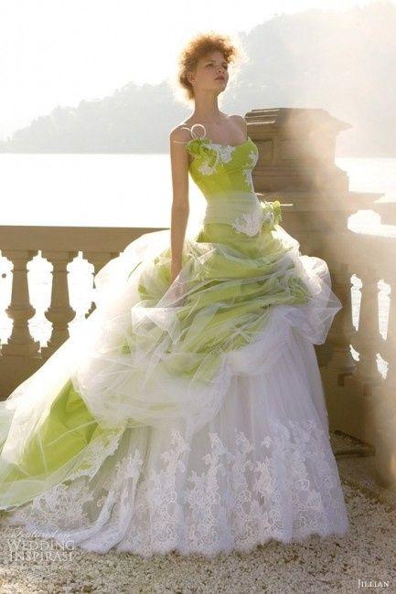 Amato Sposa verde: 10 abiti per una sposa fashion green - Moda nozze  MQ93