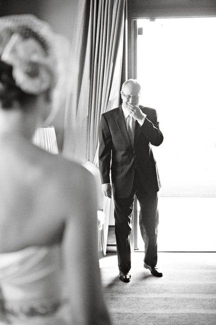 10 emocionantes reacciones del padre de la novia ante el first look 3