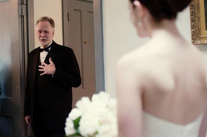 10 emocionantes reacciones del padre de la novia ante el first look 9